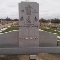 Praha TX WWII Memorial and Graves.jpg