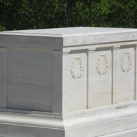 US Tomb of the Unknown ANC.JPG