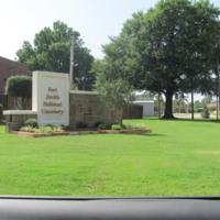 Fort Smith National Cemetery ARK.jpg